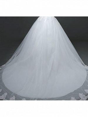 Ball Gown Wedding Dresses Scoop Neck Court Train Lace Tulle Polyester Short Sleeve Romantic_5