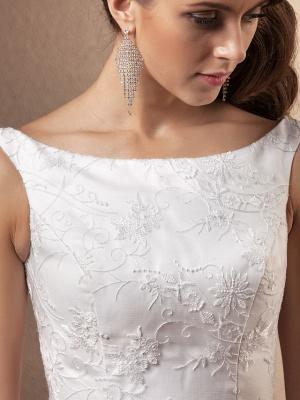A-Line Wedding Dresses Bateau Neck Chapel Train All Over Floral Lace Regular Straps_7
