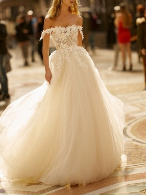 A-Line Wedding Dresses Off Shoulder Sweep \ Brush Train Lace Tulle Short Sleeve Romantic Illusion Detail_1